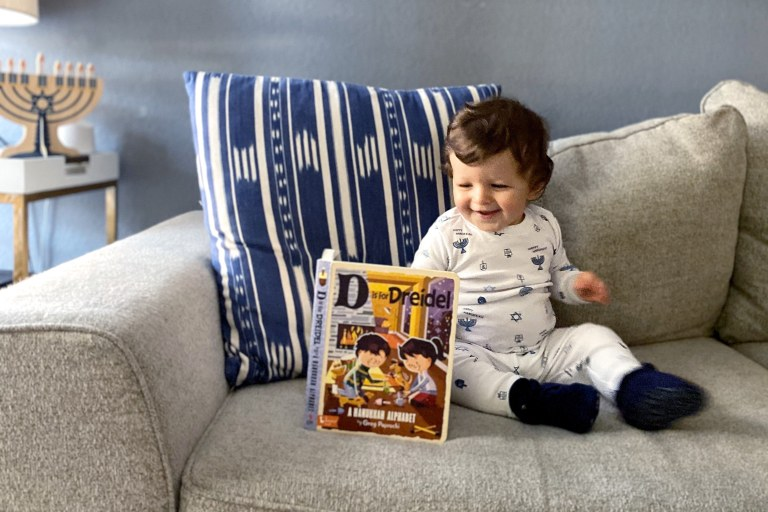 Best Holiday Books for Babies and Toddlers.