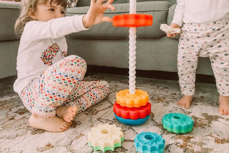 Best Toddler Toys to Improve Fine Motor Skills.