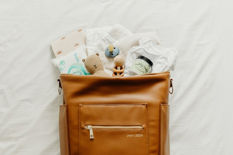 11 Essential Items for Your Minimalist Diaper Bag .