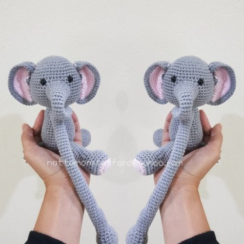 Elephant Curtain Tie Back Crochet Elephant Amigurumi by MonoBlanco | Crochet  elephant, Elephant curtains, Crochet projects | 500x500