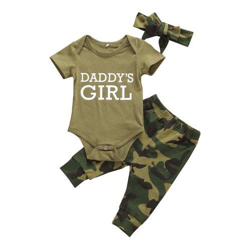 NWT Camo Baby Girl Bib//Hat Infants Feeding IF I/'M IN CAMO DADDY DRESSED ME