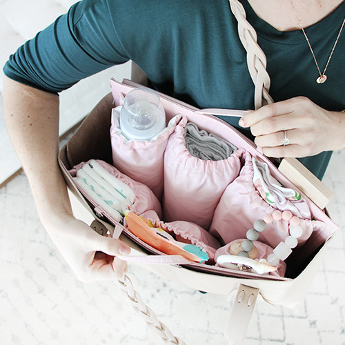 Fashionable Diaper Bags -- They Exist!