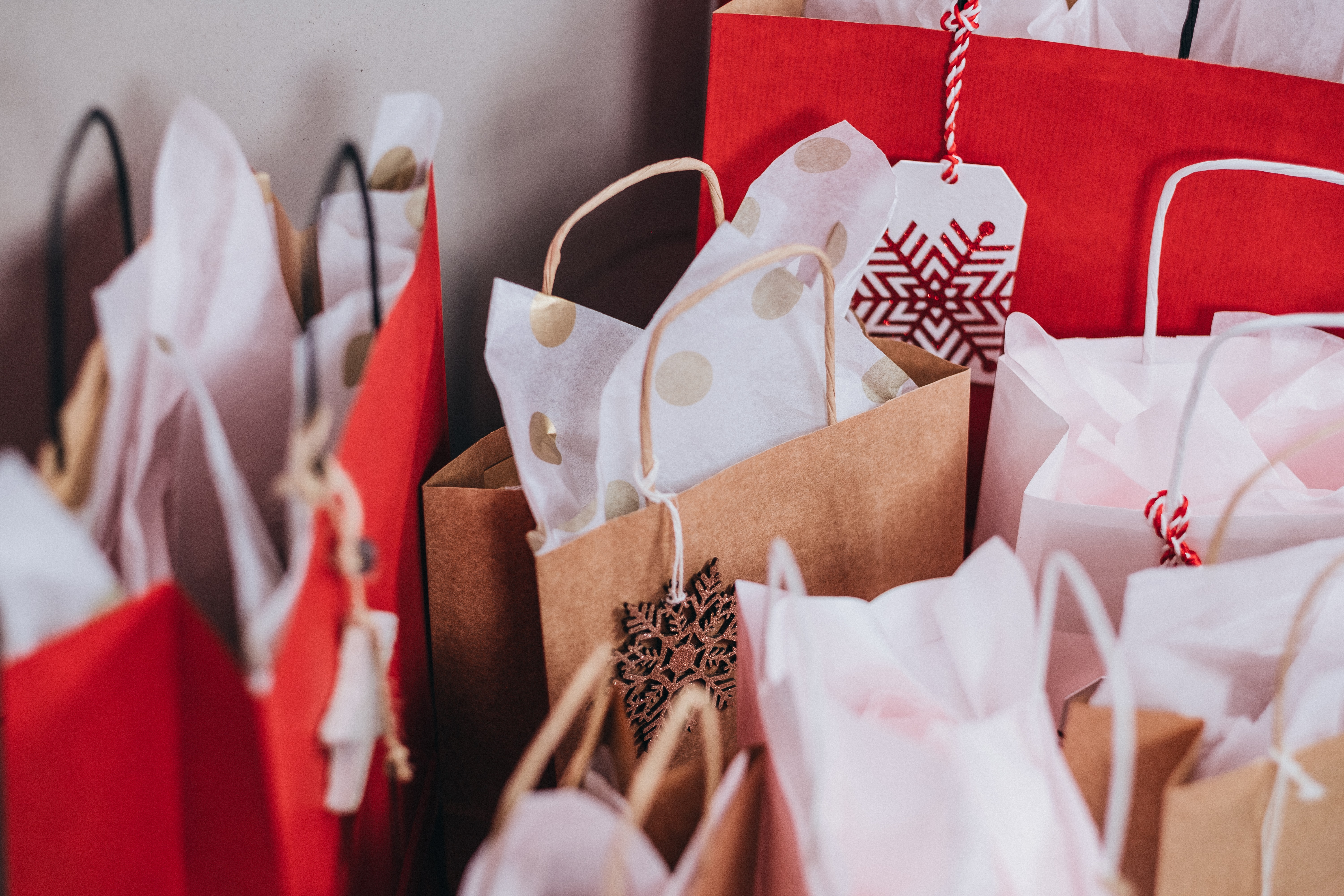 5 Ways to Boost Holiday Revenue with E-Commerce