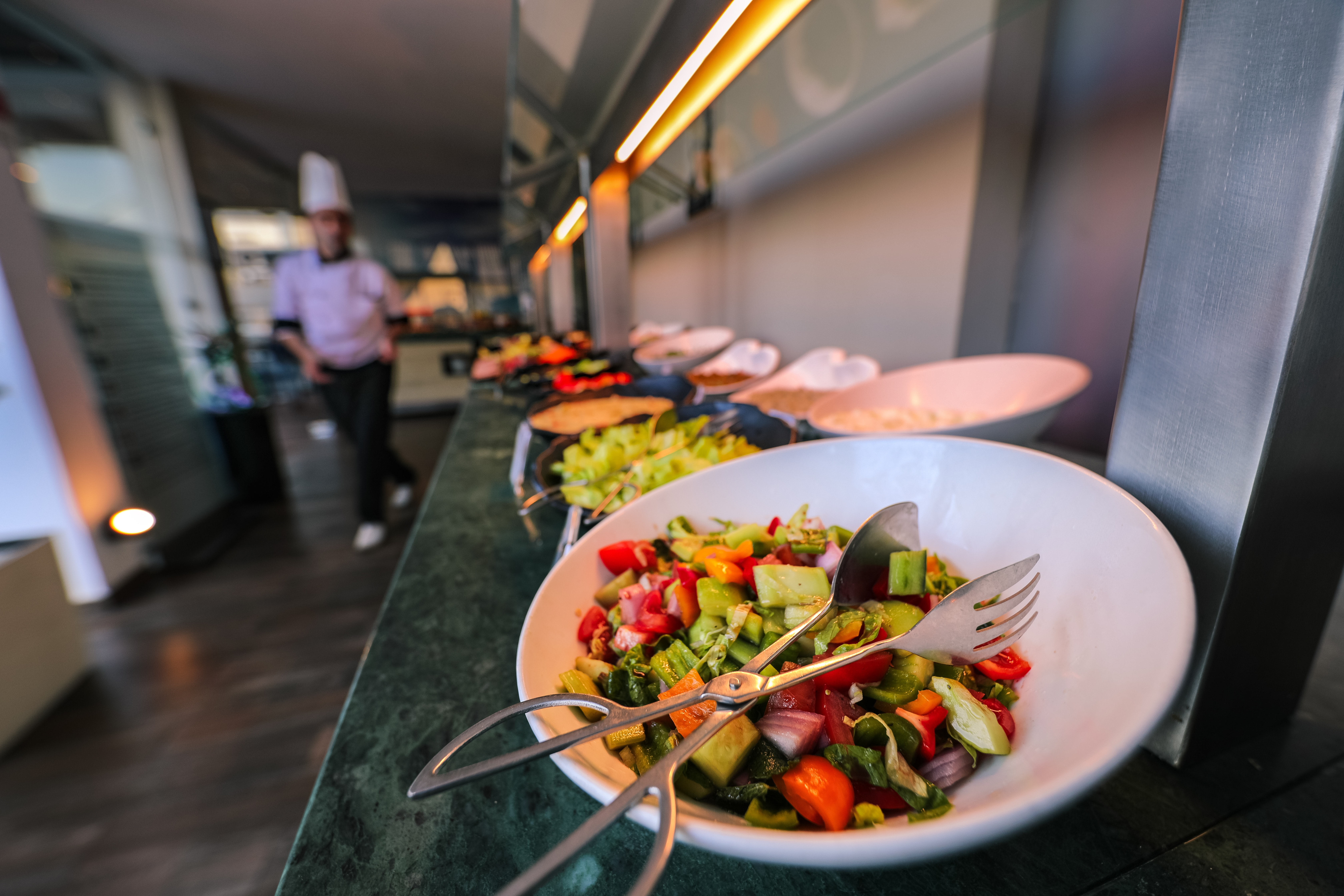A guide to food waste management solutions for restaurants