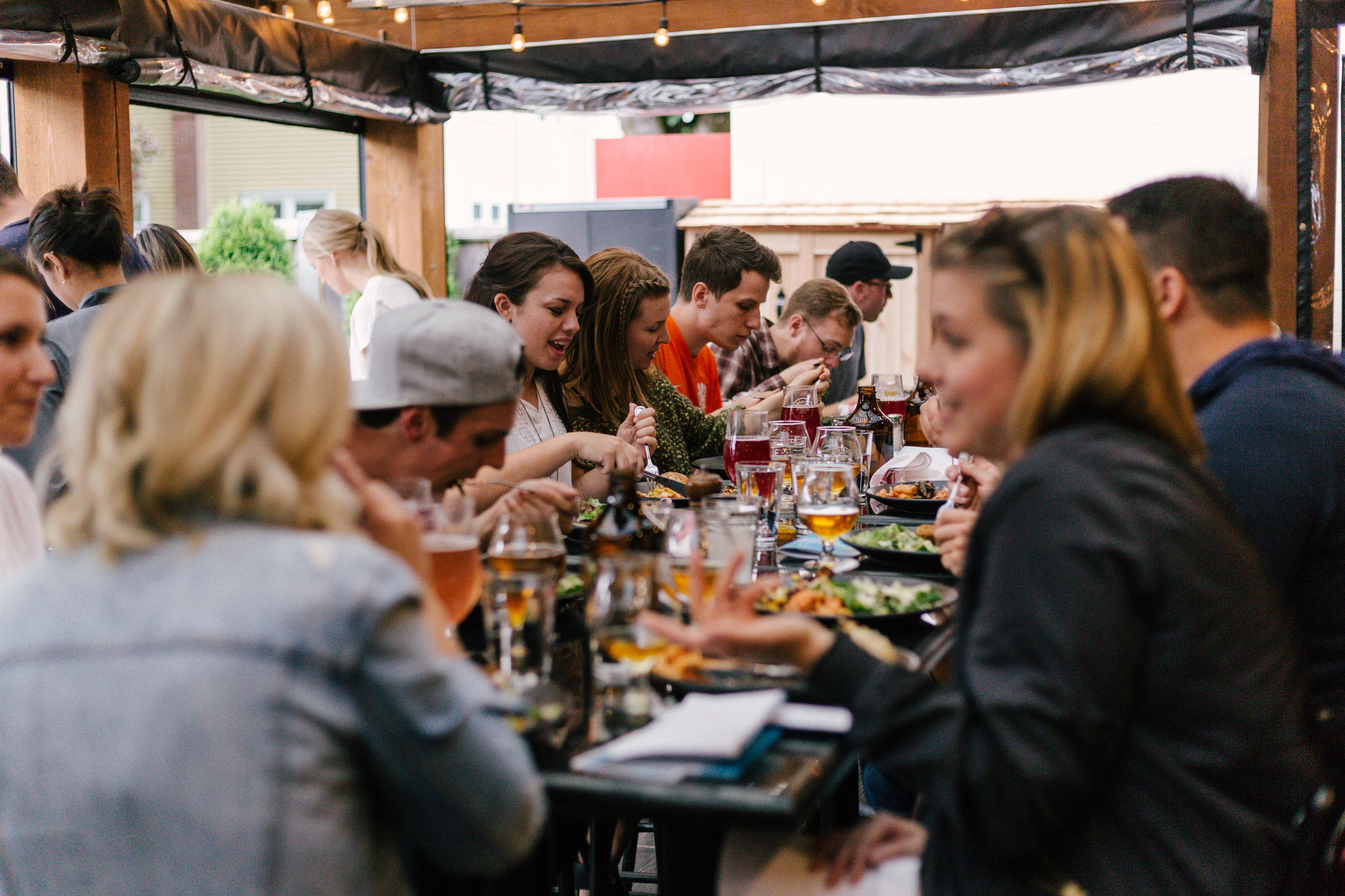 6 Ways to Increase Restaurant Sales: Tips and Advice