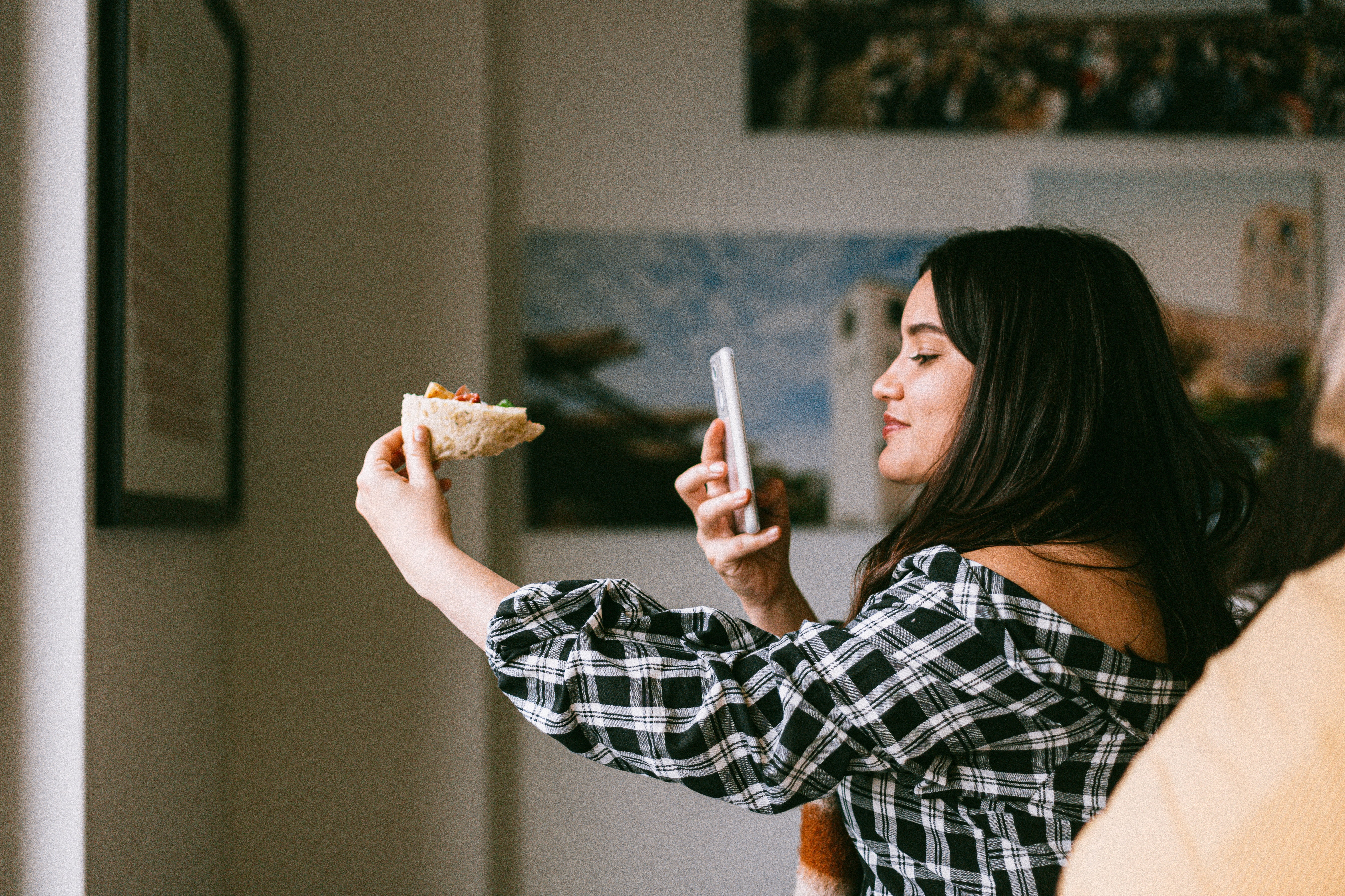 How to Coordinate an Instagram Takeover for Your Restaurant