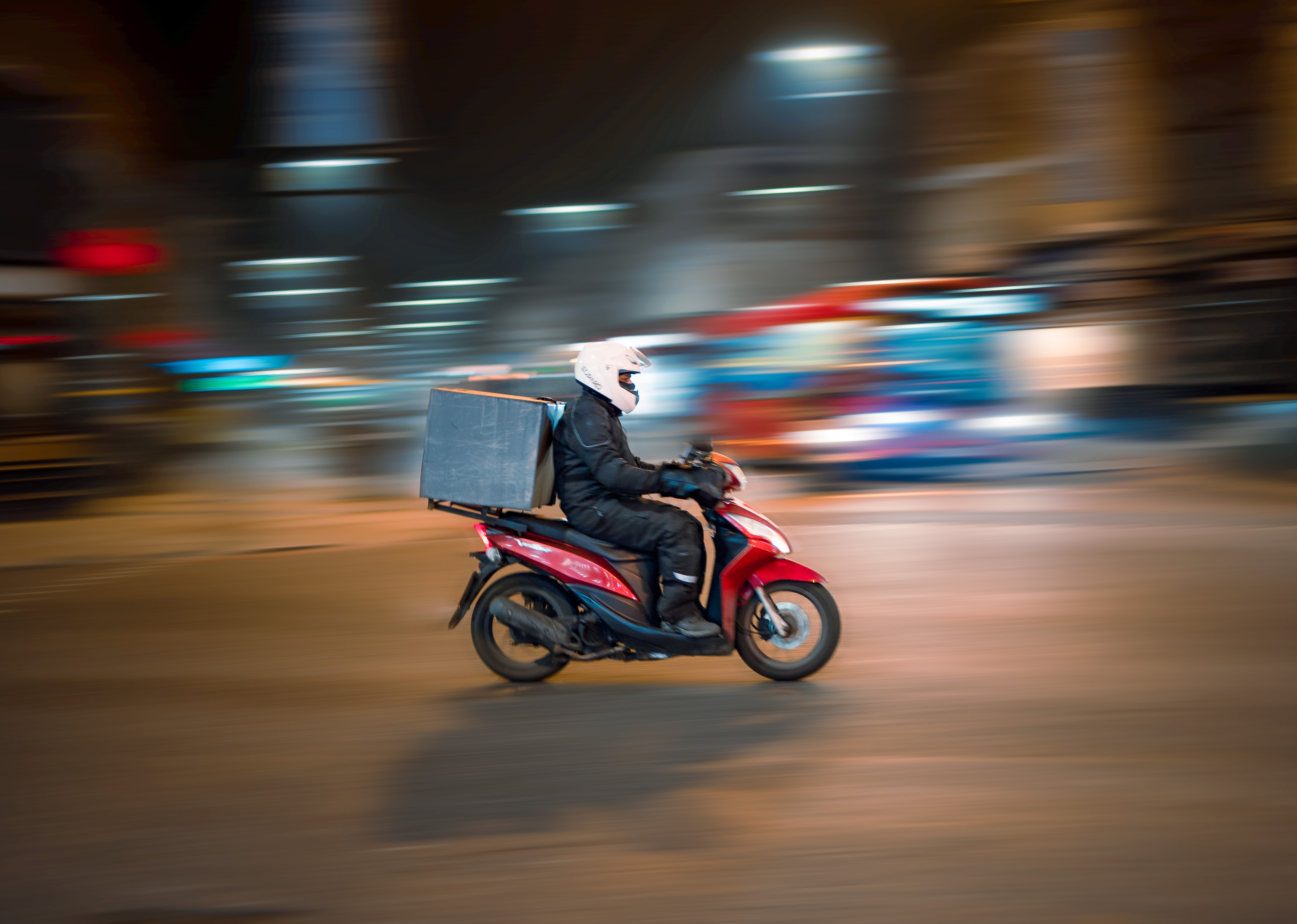 Should You Use Third-Party Restaurant Delivery Services ... or Start Your Own?