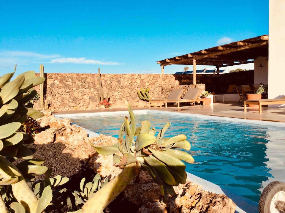 Casa Sacha with private pool