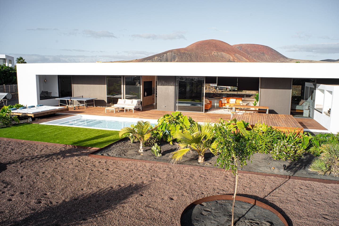 new design villa ''casa L''