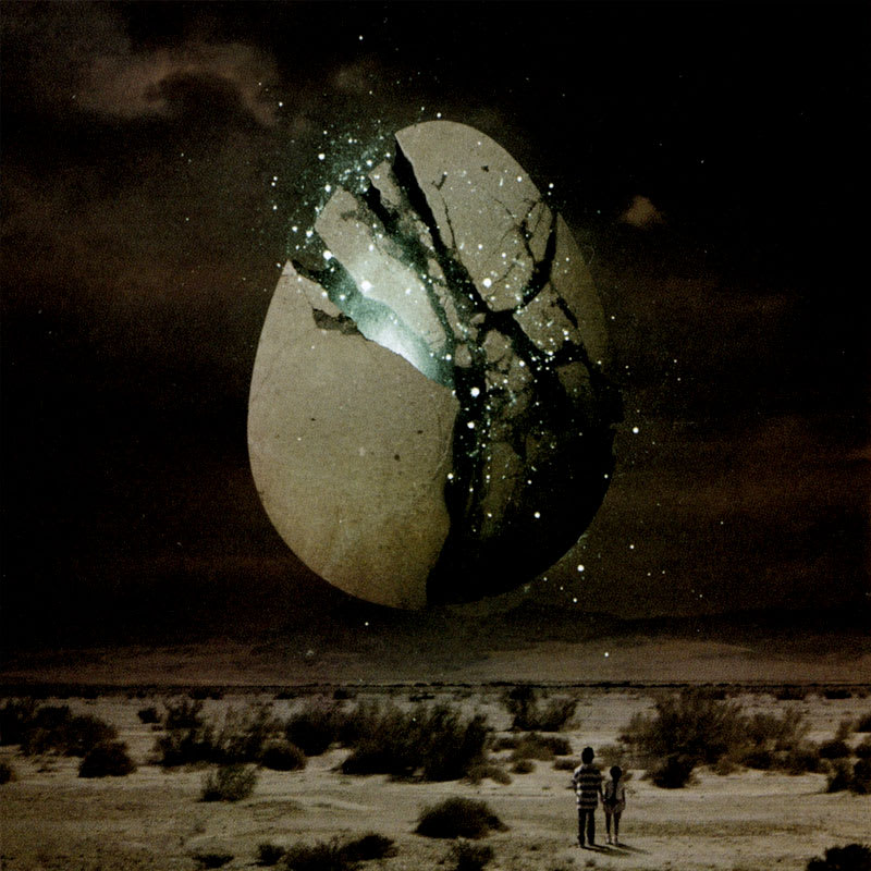 Wolfmother - Cosmic Egg (2009) Booklet 2