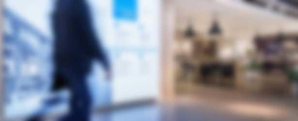 Helderheidsgaranties wand in showroom