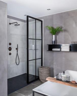 Industriële badkamer met een authentiek randje