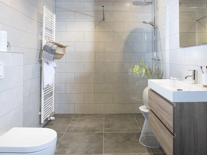 Kleine badkamer indelen