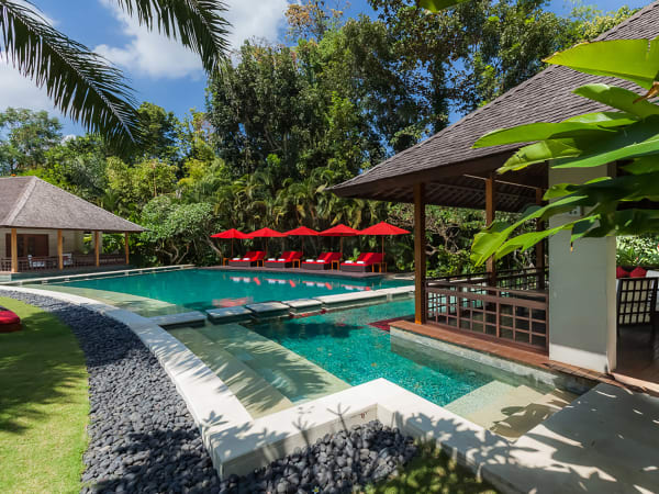 The Beji - Master suite by the pool