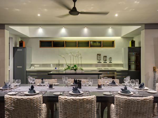 Bendega Rato - Dining and kitchen