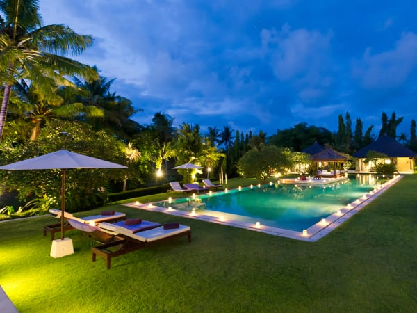Chalina Estate - Night over pool and garden