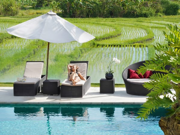 Villa Manis - Poolside overlooking the ricefield terraces