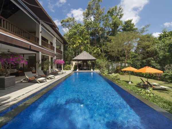 Villa Shinta Dewi Ubud - Poolside perfection