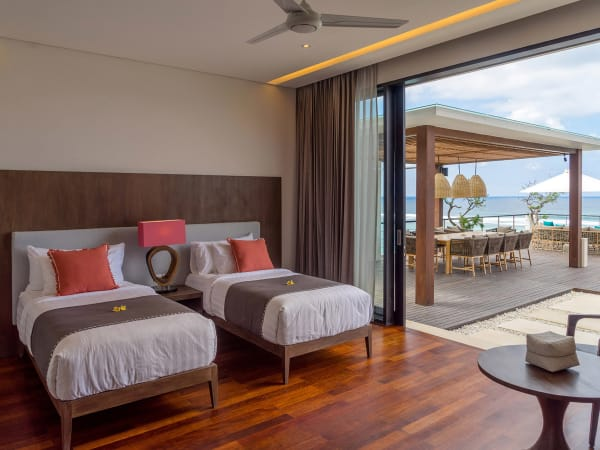 Grand Cliff Nusa Dua  - Twin Bedroom and the view