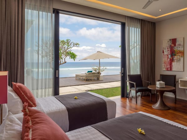 Grand Cliff Nusa Dua -Twin bedroom view outside