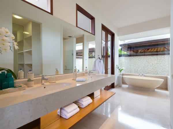 Pandawa Cliff Estate - Villa Marie - Bathroom two
