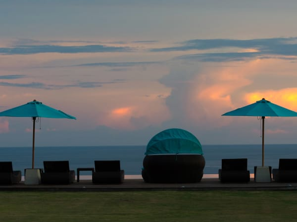Pandawa Cliff Estate - Villa Rose - Sunset poolside
