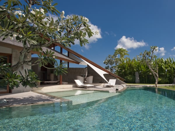 The Layar - 3 bedroom - Pool during the day