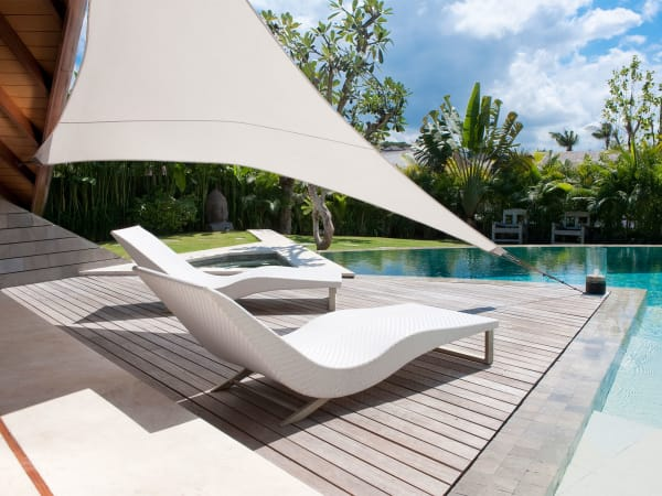 The Layar - 3 bedroom - Sun loungers