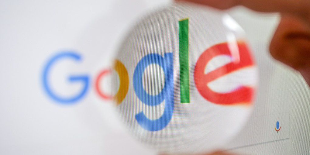 Am 4. September 1998 wurde das Unternehmen Google von zwei Studierenden gegründet. Seitdem treibt Google seine Forschungen in vielen Bereichen voran, insbesondere im Bereich des Maschinellen Lernens. Foto: Universität Paderborn, Johannes Pauly)