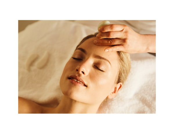 Massage-Facial-Spa-Model-Image-Treatments-Spa-Days