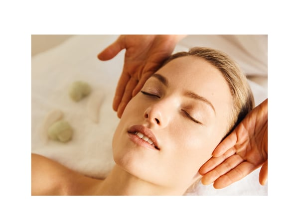 Treatment-Facial-Spa-Model-Image-Treatments-Spa-Days
