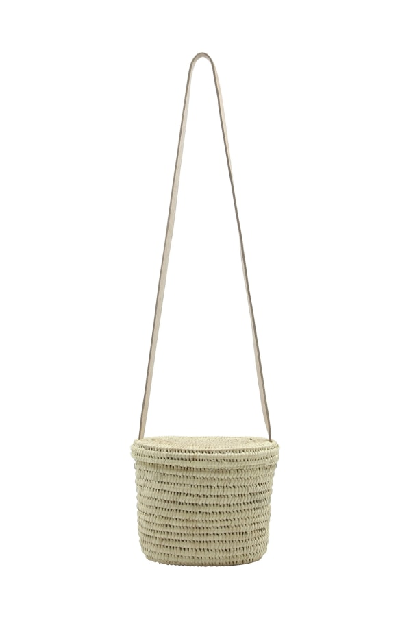 ROUND PALM BASKET BAG