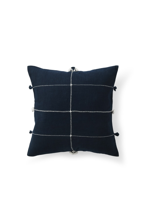 NILA CRISS CROSS CUSHION