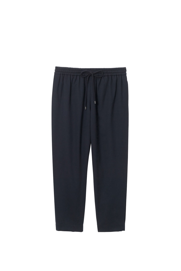TRAVEL-PANT ELDERBERRY FRONT web-ready