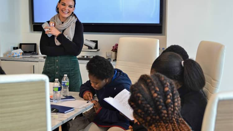 <p>In partnership with Teach For America Chicago-Northwest Indiana, BAM hosted local [ADD HIGH SCHOOL NAME] students at our Chicago office. Over the course of the day, the students learned the basics of finance, tried their hands at investing, and explored a potential new career path.</p>