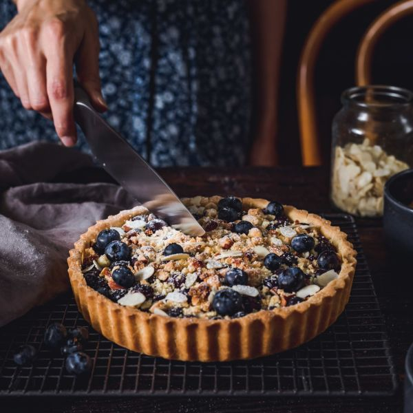 Blueberry Tart with Almond Crumble