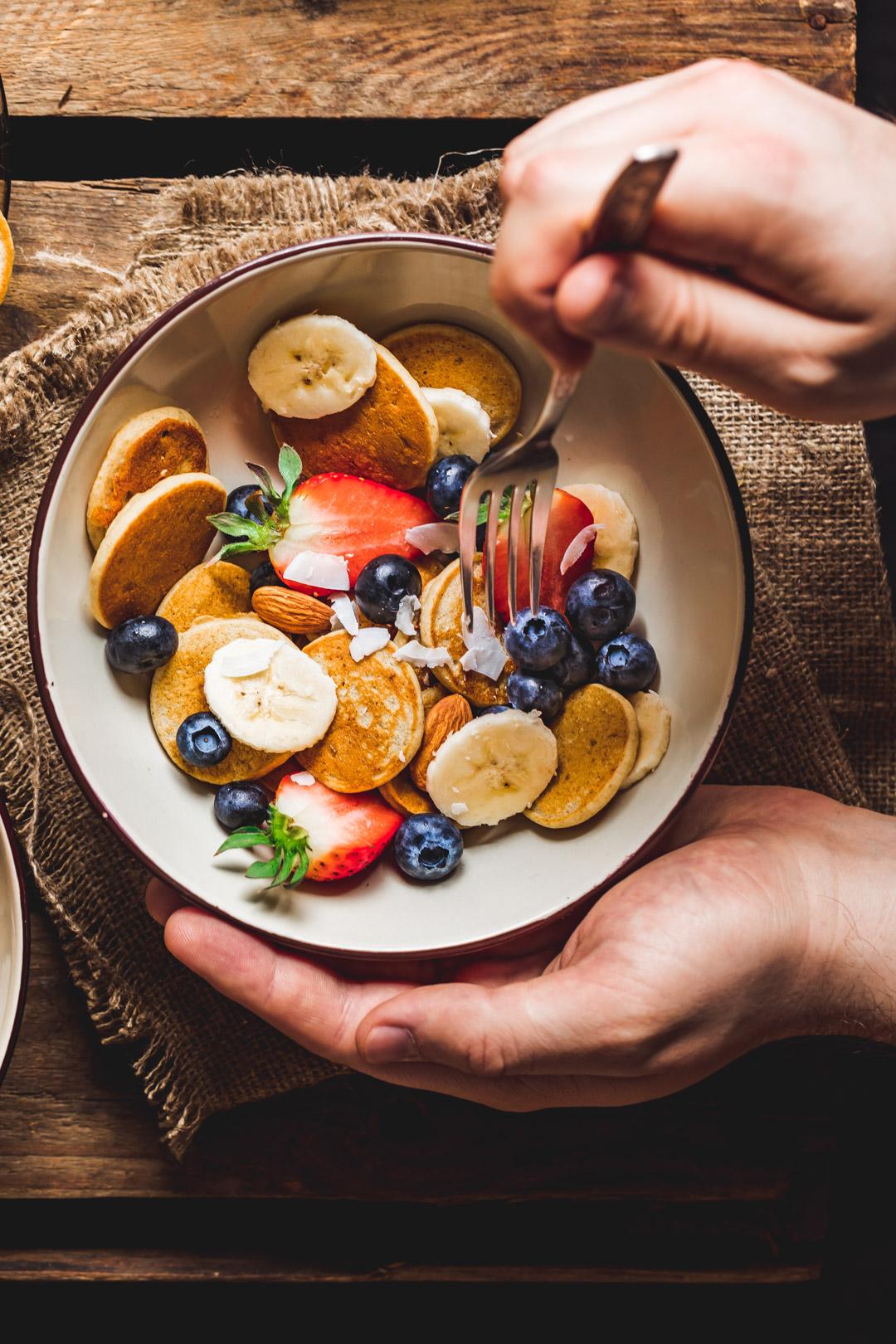 Bananowe naleśniki wegańskie, bez glutenu i bez cukru