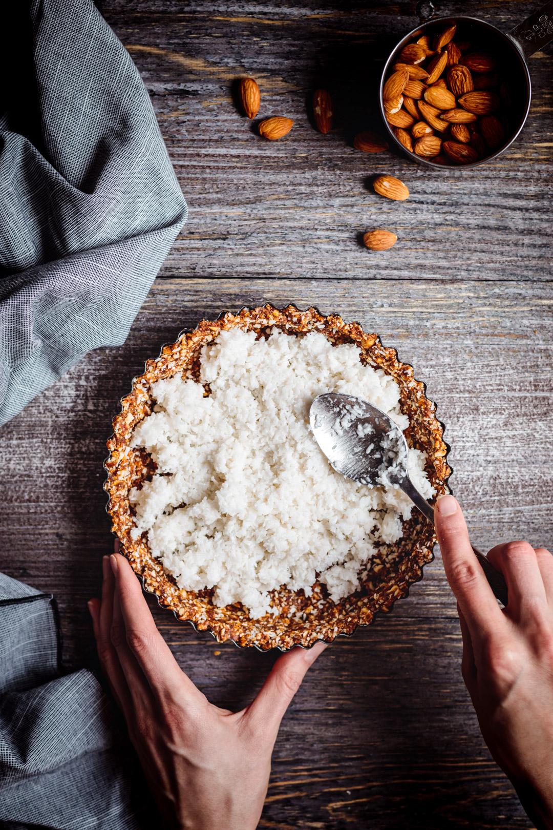 Tarta kokosowa wegańska, bez pieczenia, bez glutenu