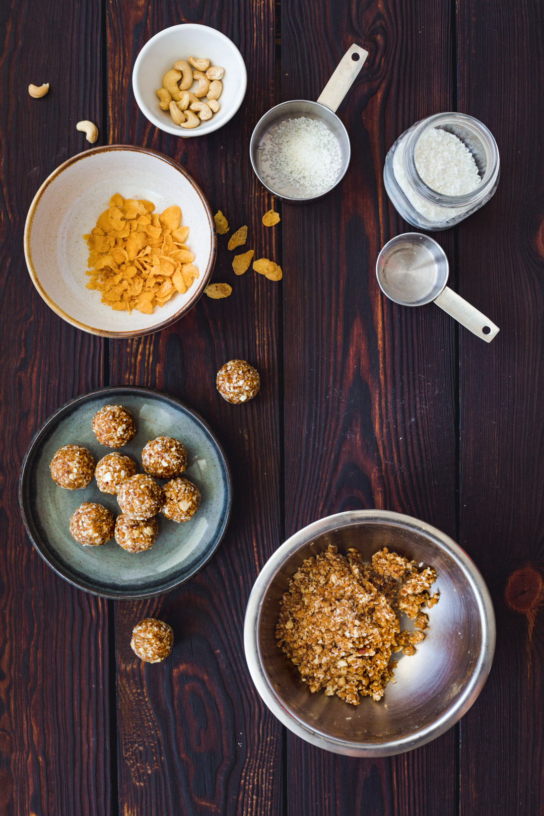 Coconut Cashews Bliss Balls