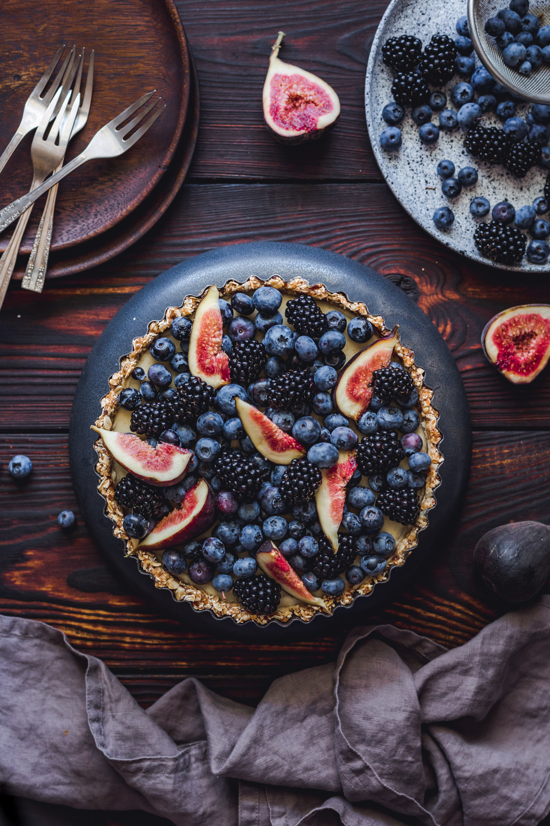 No-Bake Tart With Berries