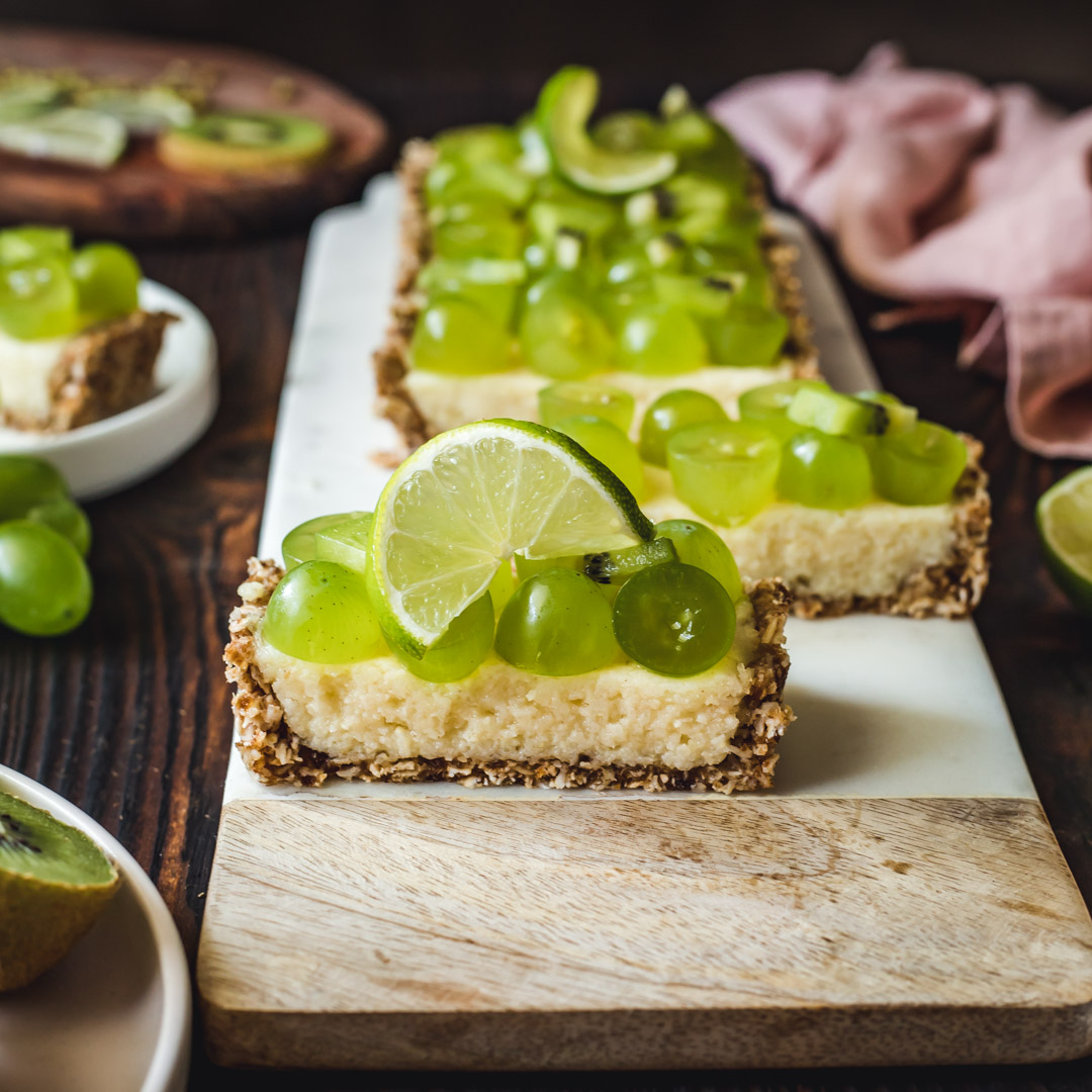 Vegan Tart With Grape And Kiwi