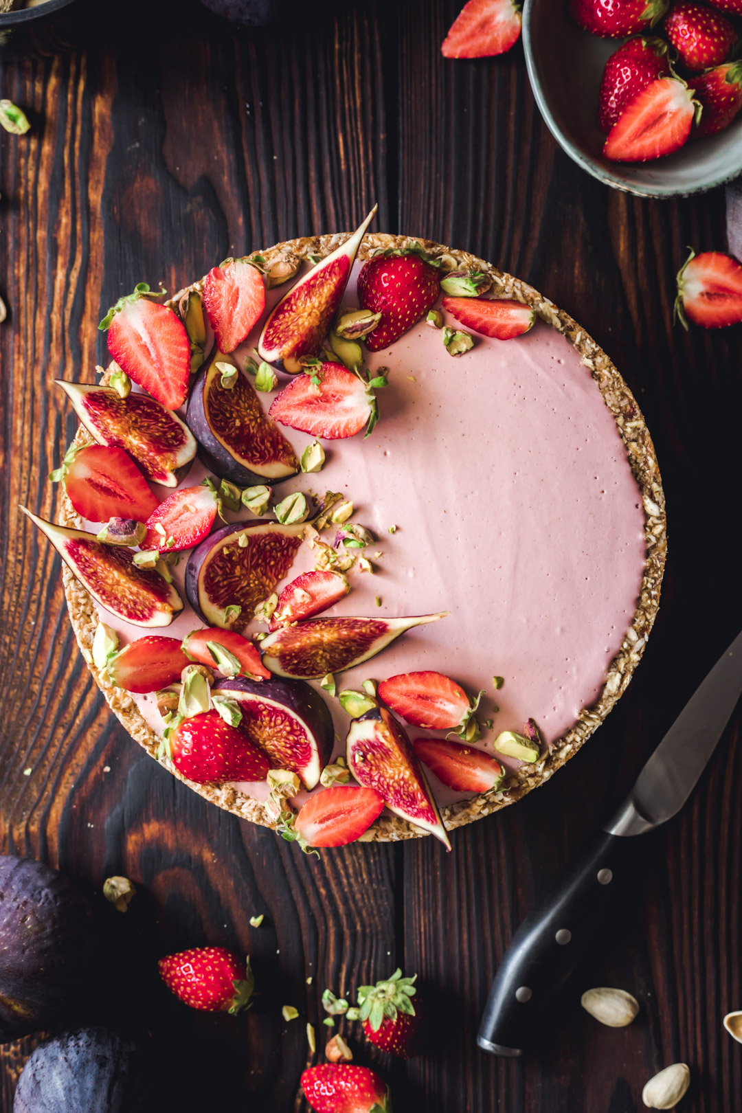 No-bake Strawberry Cream Tart