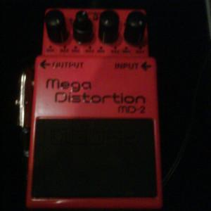 Pedal BOSS MD-2 Mega Distortion. Apenas 3 meses de uso, muito bem guardado, como novo! #boss #pedal #pedais #guitarra #metal #hc
