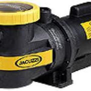 Vende-se uma bomba de piscina Jacuzzi nova, nunca foi usada, contato pelo tel.(021) 8249-0157..Ciça