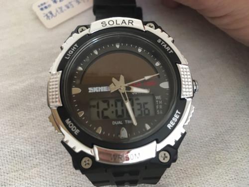 Relógio Skmei Alimentação Solar, alarme, cronógrafo, calendário, analógico e digi...