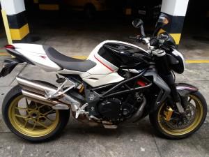 Mv agusta RR 1090cc 2012, toda nova 16000km rodados, moto de final de semana.