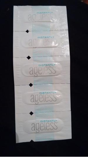 #ageless #instantlyageless Importado dos EUA, sache do botox instantâneo mais querido com duração de 6 a 9 horas. Envio por correios.