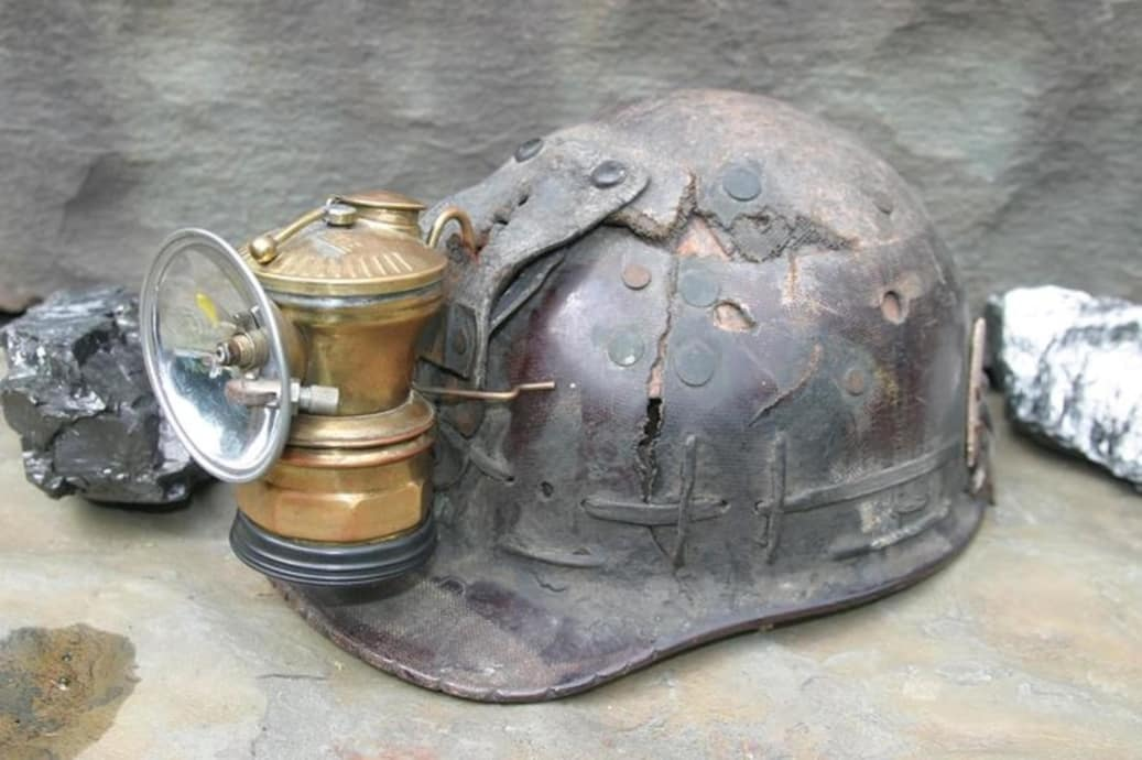 Miners Lamp History From Flame To The Davy Lamp To