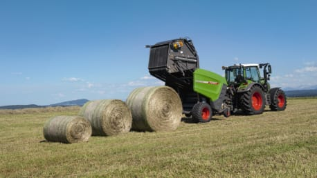 Fendt Rotana V Variable Rundballenpresse