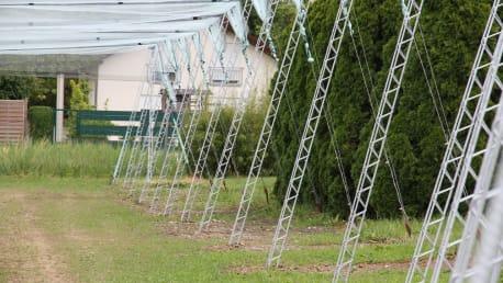 Neuentwicklung: BayWa FruitTraverse dient als Unterkonstruktion für Hagelschutzanlagen